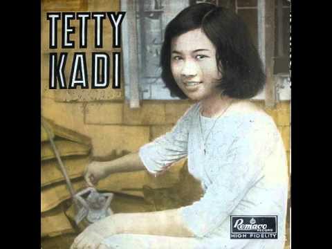 Video Tetty Kadi - Senandung Rindu (A. Rijanto) download in MP3, 3GP, MP4, WEBM, AVI, FLV February 2017