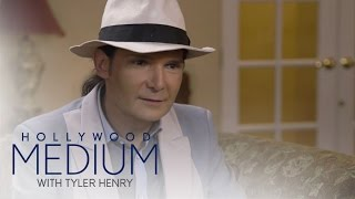 Video Tyler Henry Shocks Corey Feldman With Spot-on Reading | Hollywood Medium with Tyler Henry | E! MP3, 3GP, MP4, WEBM, AVI, FLV Juni 2018