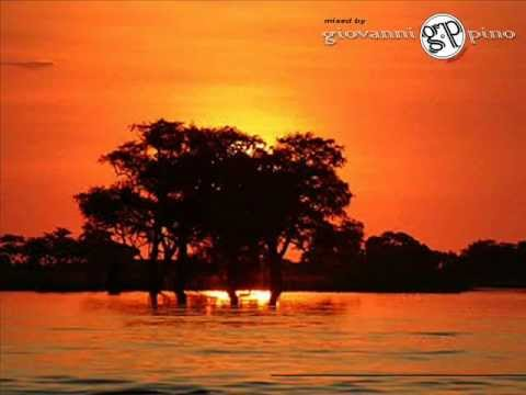 Afro & African House Music ♫♪ Giovanni Pino Selection ♫♪ to South Africa Music Songs.wmv