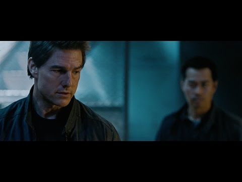 Jack Reacher: Never Go Back (Viral Video 'Fight')