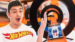 TANNER FOX VS FAZE RUG EPIC BATTLE OF THE TRACKS! | Hot Wheels Unlimited | Hot Wheels