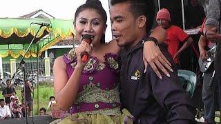 Video Norma Silvia minta Pangku MP3, 3GP, MP4, WEBM, AVI, FLV Agustus 2019