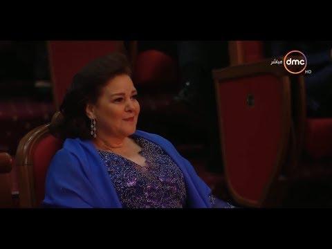 دموع سعادة دلال عبد العزيز في مهرجان القاهرة السينمائي