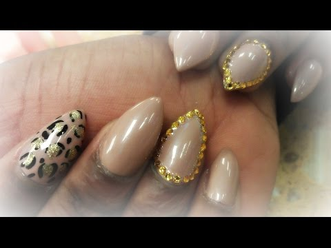 stiletto nail art - bubble style!