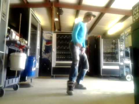 Dubsteppin footwork: another day at the shop