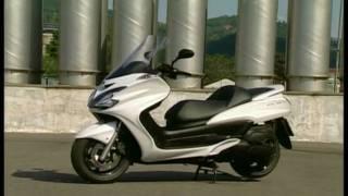 5. Video Yamaha Majesty 400