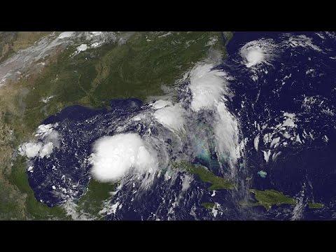 ΗΠΑ: Τη Φλόριντα «μαστιγώνει» ο τυφώνας Ερμίν