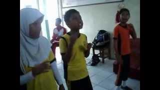 VIDIO LATIHAN PUPUH BALAKBAK