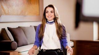 الملكة رانيا توجه دعوة لزيارة البتراء وغيرها من المعالم التاريخية في الأردن