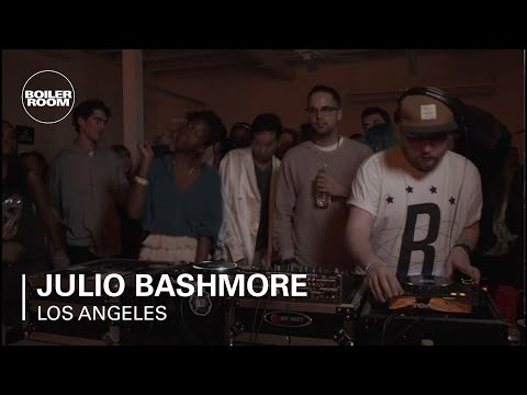 Julio Bashmore - FOR PODCAST: http://bit.ly/WqWPMX Julio delivering that UK sound to the cats in LA!