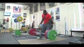 Donovan Ford works up to 195kg in the clean and jerk. - Weight lifti