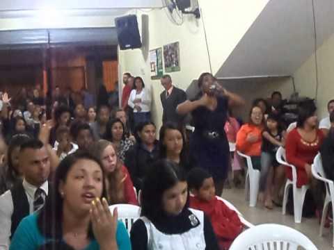 Cantora Naiara Cristina - Louvando Gideões e os 300 de Eliã Oliveira em Suzano!!!!!