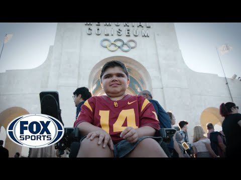 Video: Clay Helton honors 13-year-old with Duchenne Muscular Dystrophy | MORE THAN A GAME | FOX SPORTS