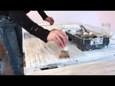 Faux Wood Grain Chalk Paint™ Table