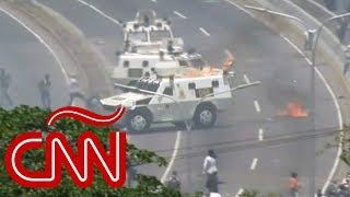Venezuela: tanqueta de la GNB arrolla a civiles