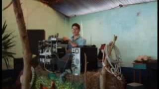 BANDIDO-Tope Piedades Sur tema (ojitos de golondrina canta veg.mpg