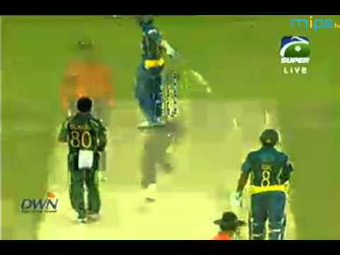Day 2, 3rd Test, Australia in Sri Lanka 2011 - Highlights