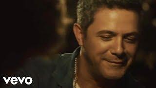 Alejandro Sanz - A Que No Me Dejas (Video Oficial)