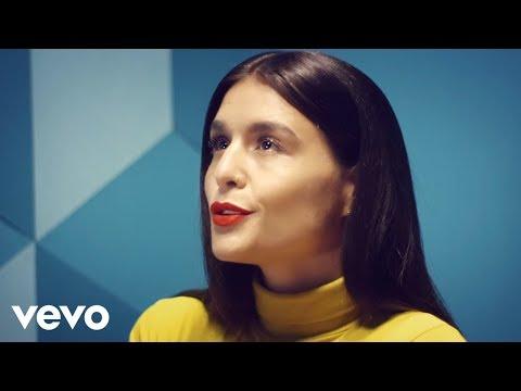 Jessie Ware – Champagne Kisses