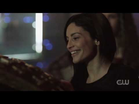 The 100 I (7x08) Becca interacts with the Anomaly (HD)