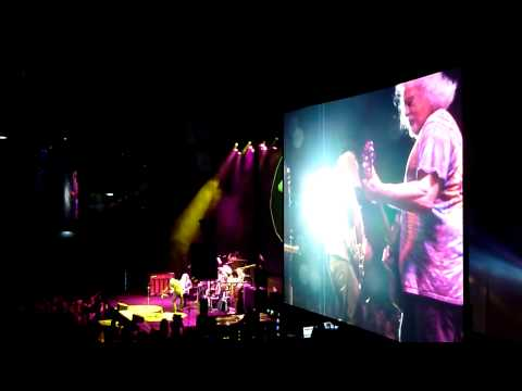 Neil Young - Goin' Home (Wien 23.07.2014) (видео)