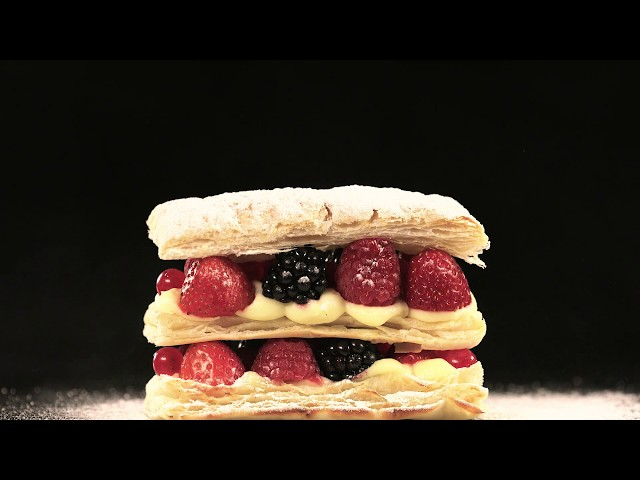 Puff Mixed Berries Mille-Feuilles