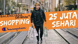 Video Shopping 25 juta sehari Balenciaga,Off white and Champion MP3, 3GP, MP4, WEBM, AVI, FLV Desember 2018