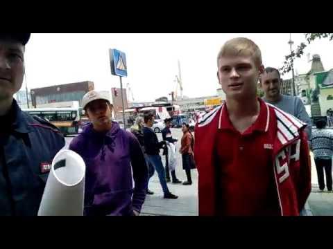 Владивостокская полиция. Задержание за рулон бумаги