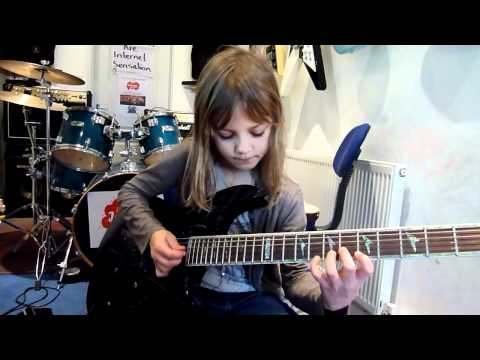 8 Year Old Guitar Prodigy Playing Stratosphere