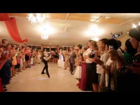 Download entrée de salle des mariés Jamais vue Drole et Ori