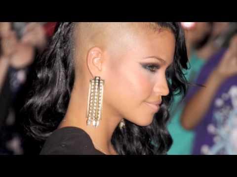 Tekst piosenki Cassie - Skydiver po polsku