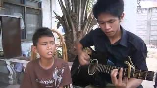 Little Boy From Philippines With An Amazing Voice!