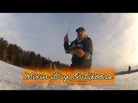 Ice fishing Bluegills in Northern Wisconsin, Mixin it up Outdoors
