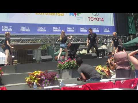 Download Tyler Hanes and the Cast Of Cats at Broadway In Bryant Park 07-20-2017 HD Mp4 3GP Video and MP3