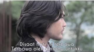 YURA YUNITA   BERAWAL DARI TATAP VIDEO LIRIK (non-official)