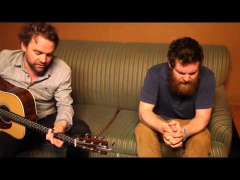 Frightened Rabbit ft. Manchester Orchestra  - Architect[Acoustic]