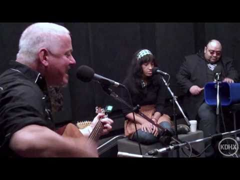 Jon Langford & Skull Orchard - Getting Use To Uselessness