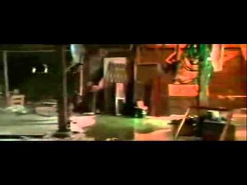 Home Alone 2 - Marv does bone breaking Yoga then tries to break-dance ...