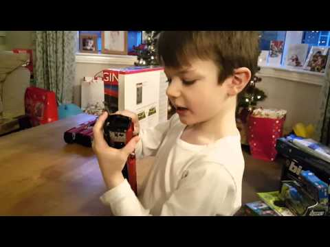 Ellis reviews the Hornby- Virgin Pendolino (R1155)