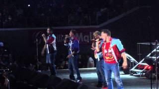 Video Westlife Live in Manila - Medley part MP3, 3GP, MP4, WEBM, AVI, FLV Juni 2018