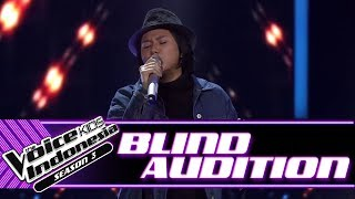 Video Alisha - Mother May I Sleep With Danger | Blind Auditions | The Voice Kids Indonesia Season 3 2018 MP3, 3GP, MP4, WEBM, AVI, FLV Juli 2018