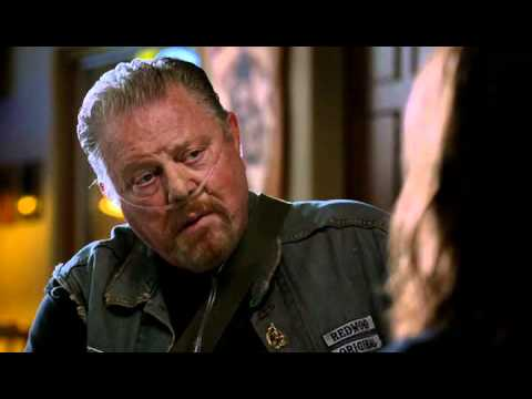 Sons of Anarchy Appisode 3 - Piney and Tara