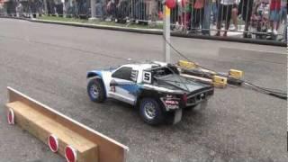 Nonton HPI Baja 5sc at CAR FEST 2012! Film Subtitle Indonesia Streaming Movie Download