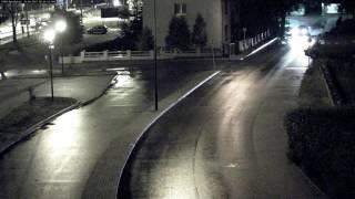 Szarżował ulicami Kościerzyny, drift zakończył w bramie (1/2)