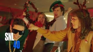 Office Christmas Party (ft. Amy Adams Golden Globe® 2015 Winner) - Saturday Night Live Video