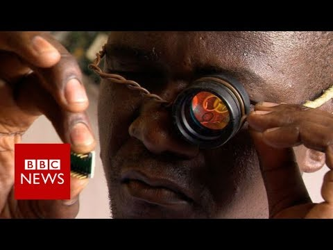Turning the world's junk into robots - BBC News