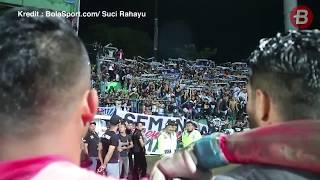 Video La Mania Sorakan 'Setia Bersamamu' Persela Lamongan MP3, 3GP, MP4, WEBM, AVI, FLV Januari 2018