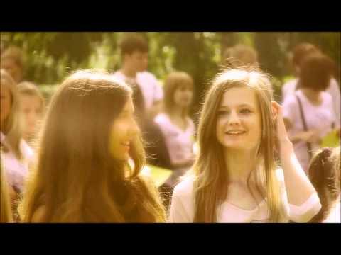 Flash mob OLAINE - jauniešu dāvana Olaines pilsētai
