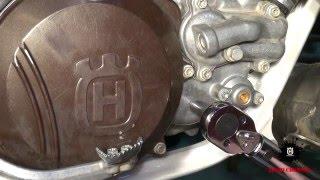 9. Husqvarna TE300 Oil Change - Quick 'n Dirty
