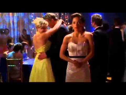 smallville prom dance clark and lana